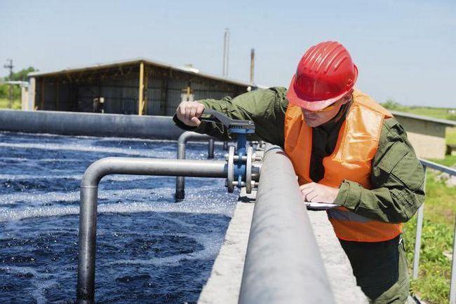 protecția muncii tehnicianului de tratare a apei chimice