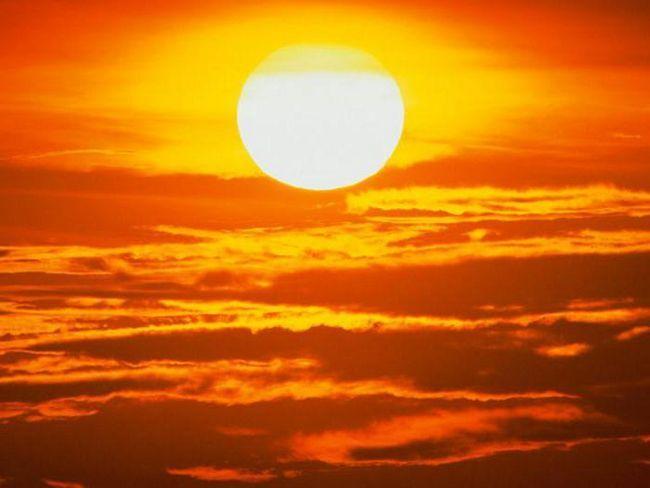 elemente chimice la soare