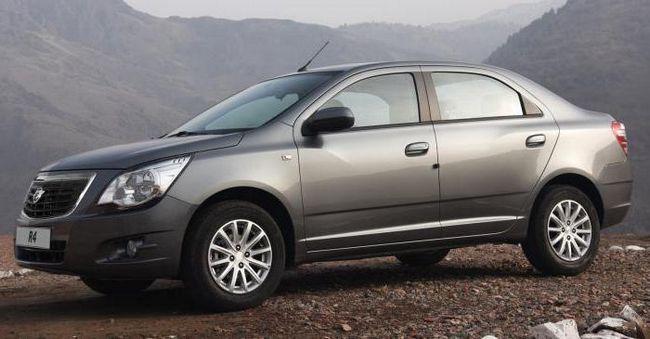 Mașina `Ravon R4`: recenzii ale proprietarilor și specialiștilor