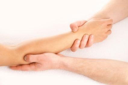durere în mână de la cot la tratament cu perie