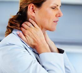 durere în zona gâtului la stânga