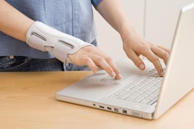 brațul inflamat de la cot până la încheietura mâinii