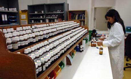 Chatterbox de la acnee în farmacie