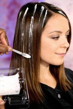 frecvent evidențierea părului brun