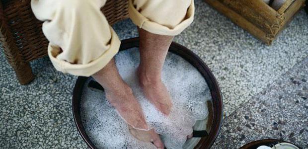 mâncărime între degetele de la picioare