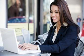 Что написать девушке при знакомстве в Интернете