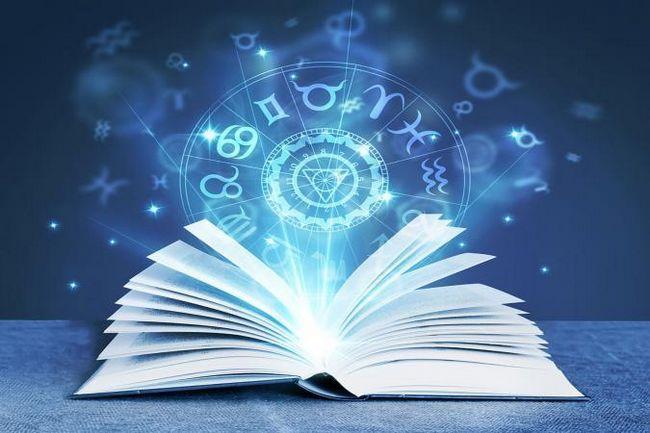 Cartea despre astrologie