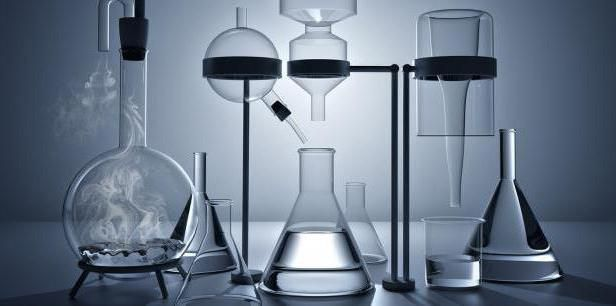 exemple de reacție de descompunere chimică