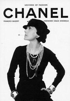 Coco Chanel. Tânără doamnă-țărană