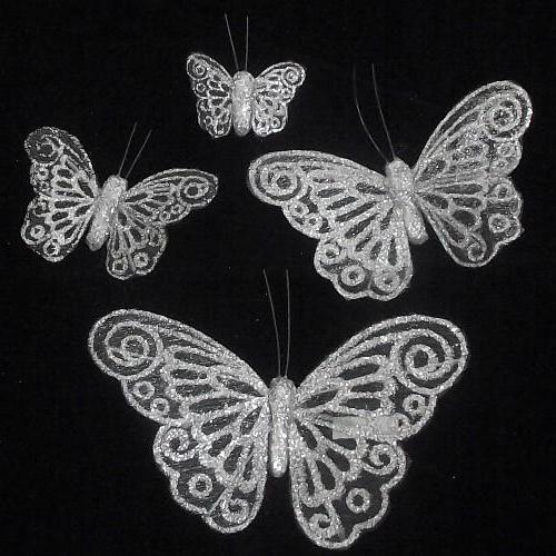 un fluture neobișnuit de organza