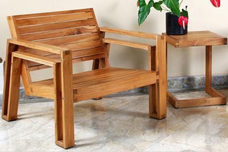 mobilier din lemn de mâini proprii