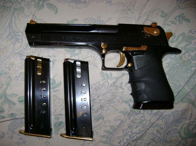 Desert Eagle - pistol de mare calibru auto-încărcare: descriere, caracteristici