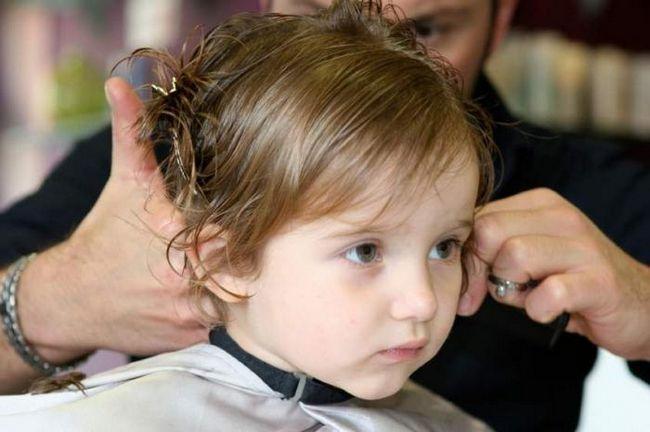 Stilul părului unui copil poate și ar trebui să fie elegant!