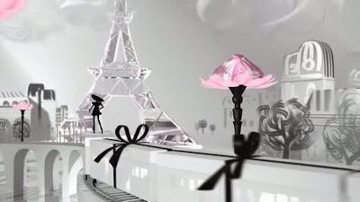 Parfum `Rochie neagră mică` - cinci variante de feminitate