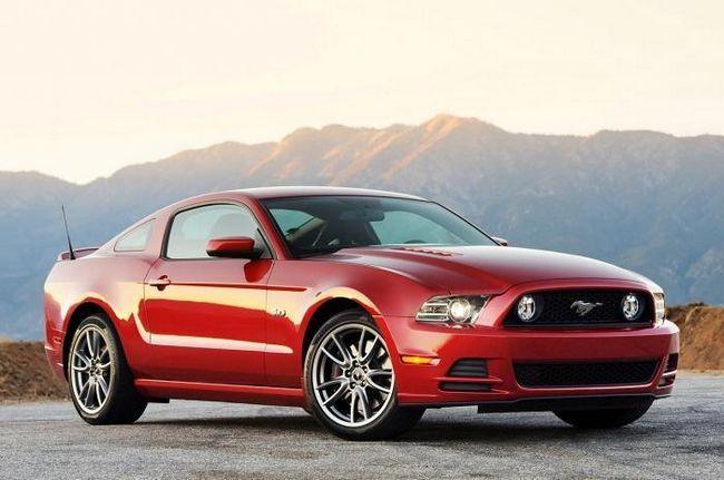 Chiar mai agresiv Ford Mustang 2013