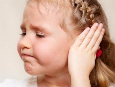 Otita la copil are simptome