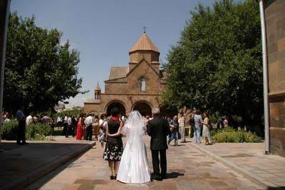 Yezidi nunti: inimitable și luminos