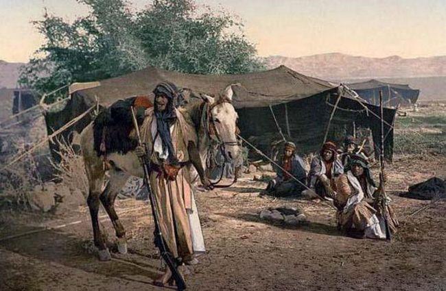 unde trăiesc arabii și beriberi