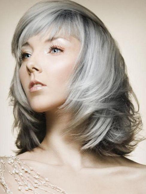 culoarea părului de culoare brun deschisă