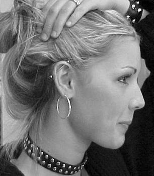 Piercing industriale: cum să nu cadă pradă frumuseții