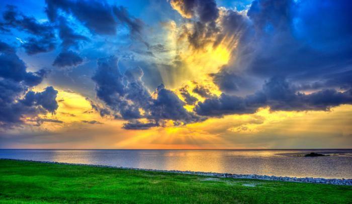 din care se formează norii