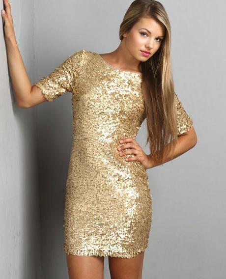 rochii de aur de nisip
