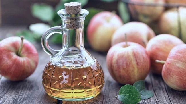 Îndepărtarea petelor pigmentare cu oțet de cidru de mere