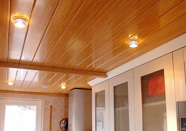 cum să fixați panourile de perete din PVC