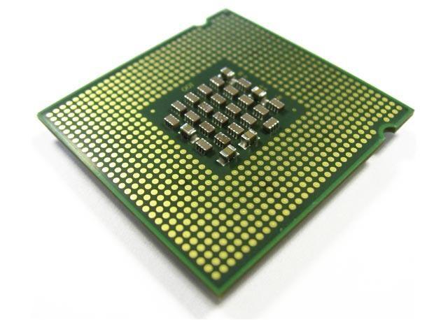 Cum pot măsura temperatura procesorului?