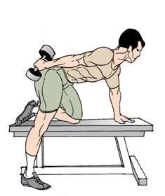 Cum să pompezi tricepsul cu gantere la domiciliu