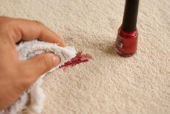 Cum să spălați unghiile cu haine, cum să eliminați petele