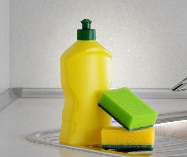 cum să spălați uleiul de motor din haine într-o mașină de spălat
