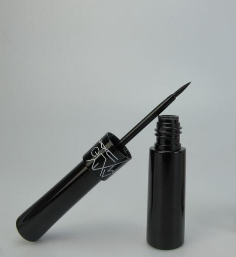 make-up cu eyeliner