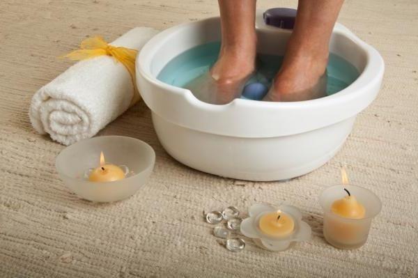 Cum sa inmoaie unghiile de pe picioare? Consiliile oamenilor