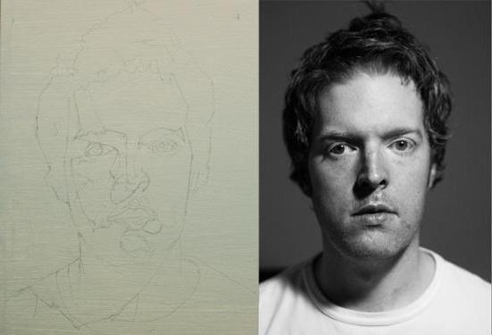 portret cu ulei pe panza pe fotografie
