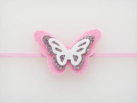 model de fluture din simțit de propriile mâini