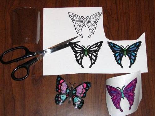 De la o sticlă de plastic de fluture