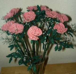 flori de margele lucrate manual