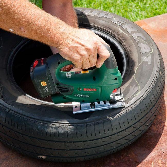 Instrucțiuni despre cum să faceți o lebădă din anvelopă