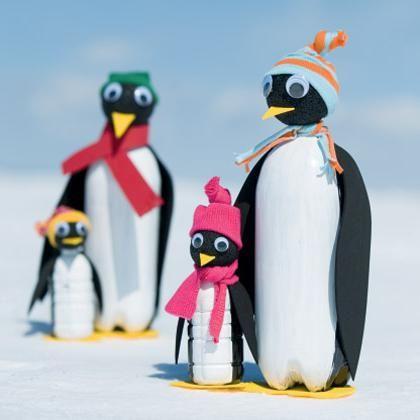 cum sa faci un pinguin dintr-o sticla de plastic