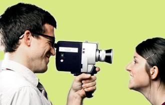 Cum să filmezi un videoclip cu o cameră video amator