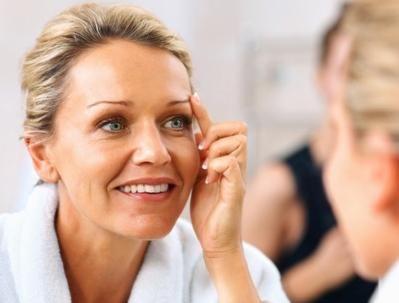 Cum să eliminați umflarea de pe față și să-i dați tonus