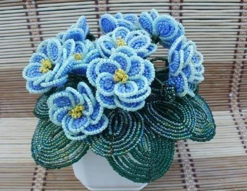 flori din clasa maestrilor de margele