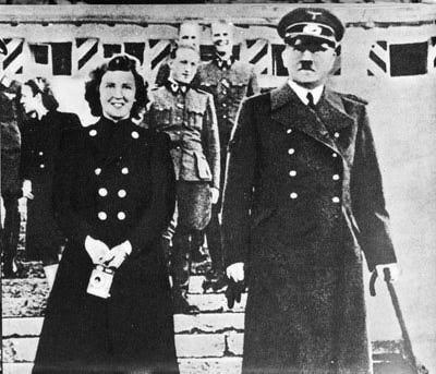 Cum a murit Hitler: versiuni alternative