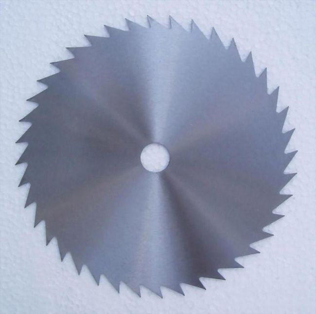 ferăstrău circular