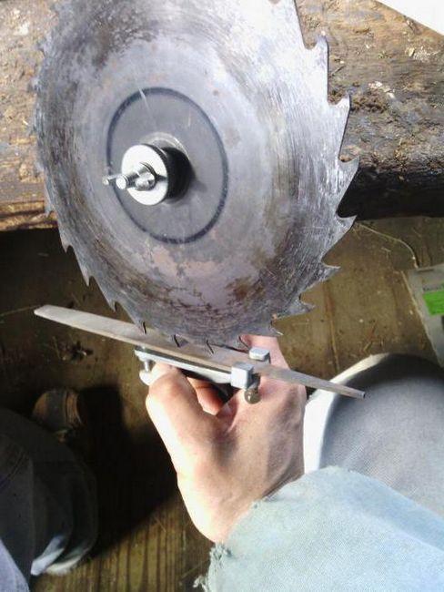 cum să ascuți o lamă de ferăstrău circulară