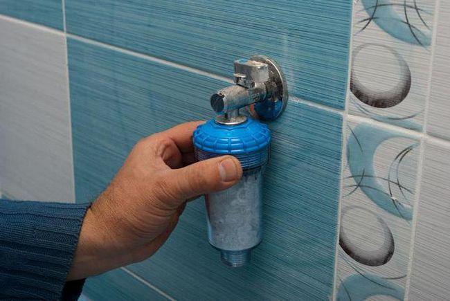 filtru pentru o mașină de spălat cu o instalație de apă proastă
