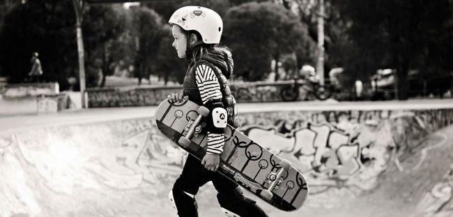 Cum de a alege un skateboard și de a învăța cum să-l călărească?