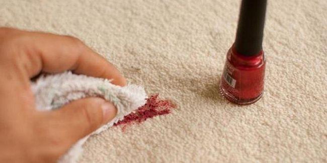 Cum să eliminați unghiile de la îmbrăcăminte