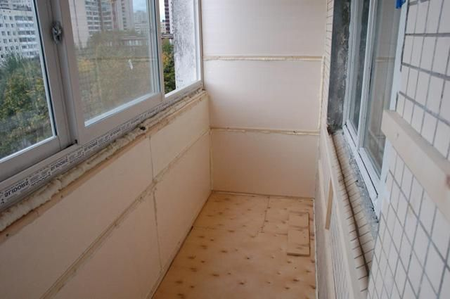 Cum să glazură și izolarea balconului
